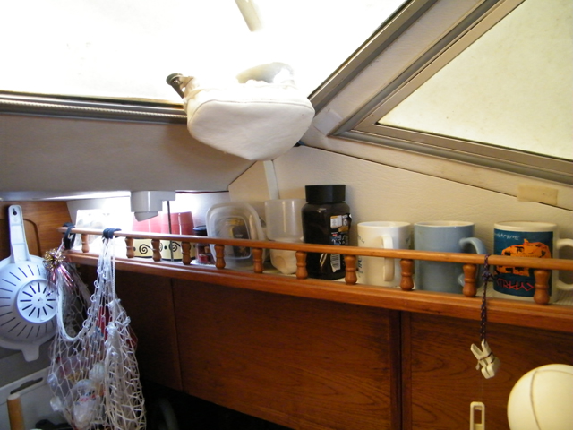 Extra shelf over the galley